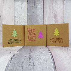The glitter Christmas tree on these cute mini Kraft Christmas cards. Pic by houldinghands Christmas Tree Glitter, Christmas Mix, Cool Christmas Trees, Handmade Christmas, Christmas Tree Ornaments, Christmas Cards, Holiday Cards, Mini Kraft, Merry Christmas Greetings