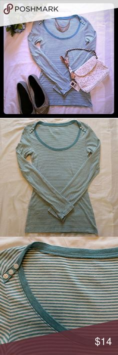 Express Sexy Basic T w/ button accent Express's sexy basic tee with scoop neck. Very soft & stretchy. Worn with minor pilling noted, otherwise excellent condition. Cute button accent near shoulders. Blue & white striped. Express Tops Tees - Long Sleeve