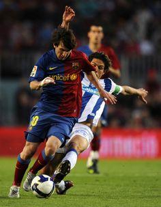 Lionel Messi: Everybody Look Up « HABs Offside