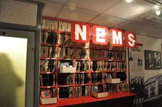 Brian_Epstein's_North_End_Music_Stores_(NEMS)_replica,_The_Beatles_Story