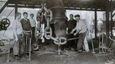 Making the Titanic's anchor chain at Hingley & Sons