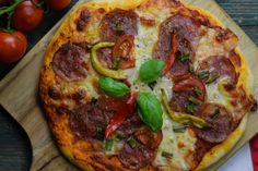 Salami and pepperoni pizza Tortellini, Bologna, Gnocchi, Pepperoni, Bruschetta, Vegetable Pizza, My Recipes, Pesto, Vegetables