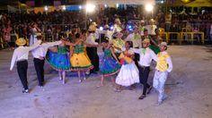 O Festival de Quadrilhas Juninas de Uberlândia é um evento realizado anualmente, no mês de junho, e somente quadrilhas do Município participam do concurso.