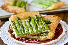 Asparagus Gruyere Tart. For a perfect outdoor brunch with citrus and mint water. Excited for spring now.