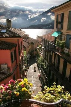 Bellagio, Lake Como, Italia, province of Como, Lombardia Places Around The World, Oh The Places You'll Go, Places To Travel, Places To Visit, Dream Vacations, Vacation Spots, Lac Como, Wonderful Places, Beautiful Places