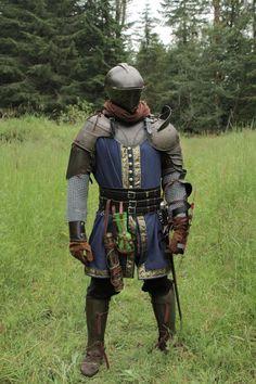 #cosplay #darksouls Knight In Shining Armor, Knight Armor, Medieval Armor, Medieval Fantasy, Character Costumes, Character Art, Larp, Knight Costume, Armor Clothing