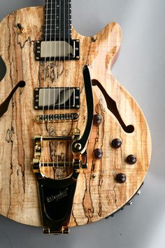 Carvin SH575 #Guitar  http://ozmusicreviews.com/music-promotions-and-discounts