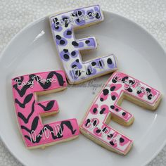 Fashionable Letter E Cookies Birthday Cookies, Cupcake Cookies, Sugar Cookies, Cupcakes, 10th Birthday, Friend Birthday, Monogram Cookies, Cookie Pops, Letter E
