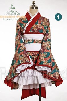 This is one of the prettier wa lolita outfits I have seen.