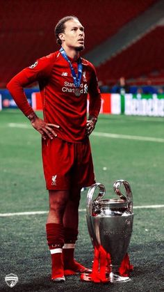 Liverpool Anfield, Liverpool Players, Liverpool Football Club, Liverpool Live, Football Players Images, Best Football Players, Soccer Players, Liverpool Fc Wallpaper, Liverpool Wallpapers