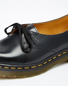 Enlarge Dr Martens Core Siano 1-Eye Black Flat Shoes