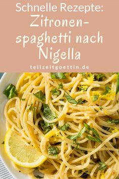 Quick And Schrieb Vegan Recipes Suggestions - Breakfast, Mittagessen And Dinners For The Sozusagen Paced Vegan - My Website Nigella Lawson, Salat Al Fajr, Greek Diet, Greek Recipes, Quick Recipes, Food Items, Bruschetta, A Food, Risotto