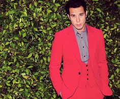 skylar astin-just give me some one who ban sing