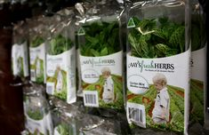This week I had the pleasure of attending the launch of the new Aay's Fresh Herbs product packaging, the design of which I developed with FULLER for Roger and Jo-Ann Aay. Held at their organic herb...