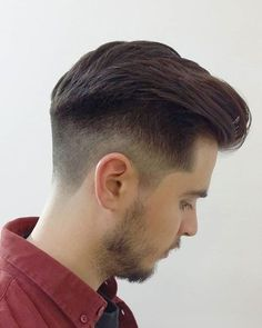 15 Most Impressive Pompadour Hairstyles For Men In 2018 - Cool Global Hair Styles 2019 Smart Hairstyles, Cool Hairstyles For Men, Classic Hairstyles, Popular Hairstyles, Hairstyles Haircuts, Haircuts For Men, Everyday Hairstyles, Mens Hairstyles Pompadour, Short Pompadour