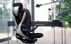 Luxury offices aren't anything new, but a high-end office chair created by the man who designed the Ferrari Enzo is. Positive Posture collaborated with award- Car Experience, Office Set, Gaming Chair, Ferrari, Chair Design, Luxury Cars, Car Seats, Interior Design, Mai