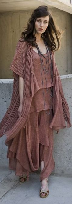 ...inspiring cut/ensemble for re-styles/up-cycles,perhaps using different colours for each element .......{ZUZA BART FCL}