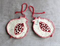SALE! Two hand stitch felt pomegranate set. Red pomegranate Christmas tree ornament with red bells. Christmas gift. OOAK. Free Shipping!