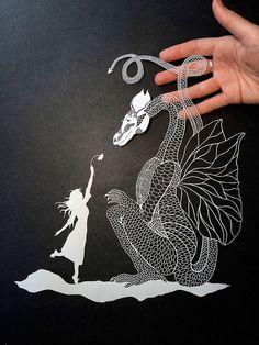 Os incríveis cortes de papel de Maude White