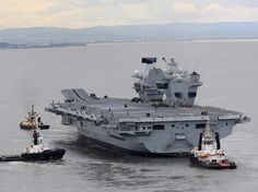 HMS Queen Elizabeth is the first of a new class of aircraft carriers that will be the biggest and most powerful warships ever constructed for the Royal Navy. Royal Navy Aircraft Carriers, Navy Carriers, Hms Prince Of Wales, Hms Ark Royal, Hms Queen Elizabeth, Navy Day, Capital Ship, New Aircraft, British Armed Forces