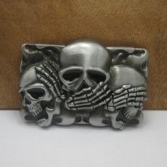 Gorgeous Gothic Vintage Europe Cool hand and Skulls Hug Metal Belt Buckle Dream Charms fashion novelty Jeans accessories Alternative Measures