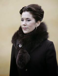 Crown Princess Mary at the wedding of Rikke Juel and Michael Brandt, 4 Dec 2004 Denmark Royal Family, Danish Royal Family, Princesa Mary, Crown Princess Mary, Prince And Princess, Pink Beige, Mary Donaldson, Denmark Fashion, Prince Frederick