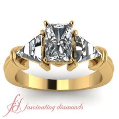 Radiant Cut and Trillion Shaped Diamond 14K Yellow Gold Three Stone Engagement Ring in Prong Setting || Trillion Bar Ring