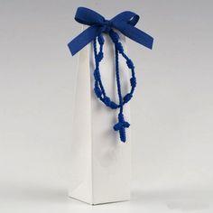 #bomboniere #bomboniera #bombonierecomunione #bombonieracomunione Christian Prayers, Confetti, Room Decor, Outdoor Decor, Ropes, Mario, Ticket Invitation, Party, Rosaries