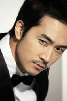 Song Seung Heon (송승헌) in Magazine Esquire collaboration with Louis Vuitton Asia Pacific version.