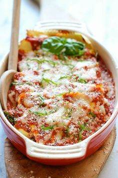 Baked Ravioli Recipe ~ Amazingly cheesy, creamy, comforting ravioli made in 30 minutes or less