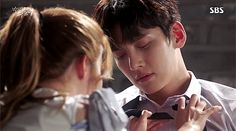 Discovered by buta☆. Find images and videos about gif, couple and kdrama on We Heart It - the app to get lost in what you love. Yoona Ji Chang Wook, Ji Chang Wook Smile, Asian Actors, Korean Actors, Suspicious Partner Kdrama, Ji Chang Wook Photoshoot, Korean Drama Tv, W Two Worlds, Kdrama Actors