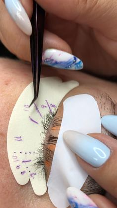 Demo on working in layers and natural lash assessment + lash mapping. Eyelash Lift And Tint, Eyelash Kit, Makeup Studio Decor, Nail Salon Decor, Natural Fake Eyelashes, Eyelash Technician, Eyelash Extensions Styles, Big Lashes, Lash Room