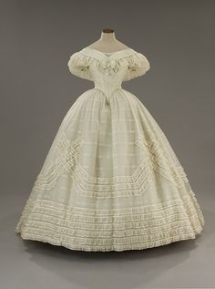 White off-the-shoulder evening gown - circa 1860s