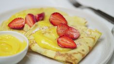 Test your skills in the kitchen by seeing if you can flip these tasty traditional crepes like a professional. Easy Crepe Recipe, Crepe Recipes, Dessert Dips, Dessert Recipes, Desserts, What's For Breakfast, Breakfast Recipes, Crepes, How To Make Crepe