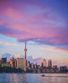 Toronto Ontario Canada, Toronto City, Nostalgia, City Sky, 2nd City, Magic Hour, City Girl, New York Skyline, Places To Go