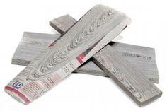 """Este material hecho de periódicos usados recibe el nombre de """"Kranthout"""" que significa madera - periódico"""