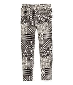 Treggings in thick jersey with an elasticized waistband, mock pockets at front, and regular pockets at back. Treggings, H&m Online, Fashion Online, Kids Fashion, Pajama Pants, Pockets, Clothes, Shopping, Beauty