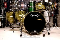 Mapex Saturn Limited Edition Birch/Walnut 5pc Drum Set Moss Green BLOWOUT These kits have sustained some minor scratches on the interior of some shells from shipping, but these blemishes are only cosmetic and do not affect the tone/structure of the shells. As such, we are offering these kits at a blowout price! Purchase Here: http://www.drumcenternh.com/mapex-saturn-limited-edition-birch-walnut-5pc-drum-set-moss-green-blowout.html