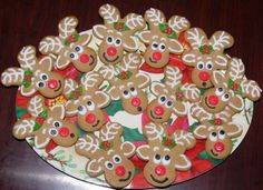 Upside down Gingerbread men reindeers - Click image to find more Holidays & Events Pinterest pins