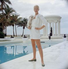 Images and bio of NY and Palm Beach hostess CZ Guest, an American socialite, style icon and famous friend, who married Winston Frederick Churchill Guest...