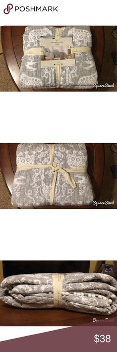 """Elephant Twin Size Quilt BRAND NEW! Never opened or used """"Artisan de Luxe"""" brand twin quilt in original packaging. Gray and white elephant pattern. 68 X 86! Artisan de Luxe Other"""