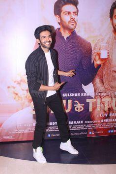 Kartik Aaryan, and many others were present at the success bash of the film Sonu Ke Titu Ki Sweety.