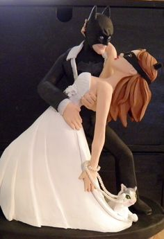 Batman and Catwoman - Custom Wedding Cake Toppers by Sophie Cartier without the cat ! Holy moly batman !!