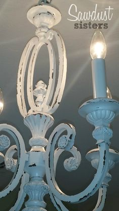 33 Cool DIY Chandelier Makeovers To Transform Any Room - DIY Chandelier Makeovers – Thrift Store Chandelier Makeover – Easy Ideas for Old Brass, Crystal - Shabby Chic Chairs, Shabby Chic Bedrooms, Shabby Chic Homes, Shabby Chic Furniture, Diy Lampe, Mawa Design, Diy Chandelier, Painting Chandeliers, Brass Chandelier Makeover