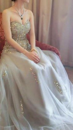 Pageant Dresses For Teens, Party Dresses Uk, Strapless Party Dress, Sweetheart Prom Dress, Beaded Prom Dress, Prom Dresses Online, Prom Gowns, Dress Prom, Bodycon Dress