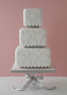 lace wedding cake!