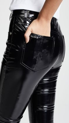 Leather Tights, Leather Trousers, Shoes With Jeans, High Jeans, Hanfu, Cheongsam, Punk Fashion, Leather Fashion, Pantalon Vinyl