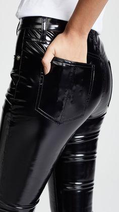 Leather Tights, Leather Trousers, Shoes With Jeans, High Jeans, Punk Fashion, Leather Fashion, Pantalon Vinyl, Vinyl Leggings, Combat Pants