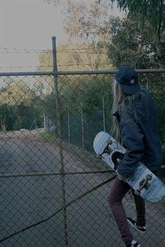 Girl Skatboarder