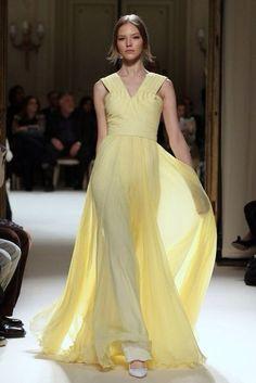 vanilla color, dress